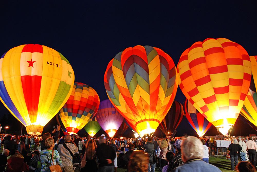 Santa Paula Balloons
