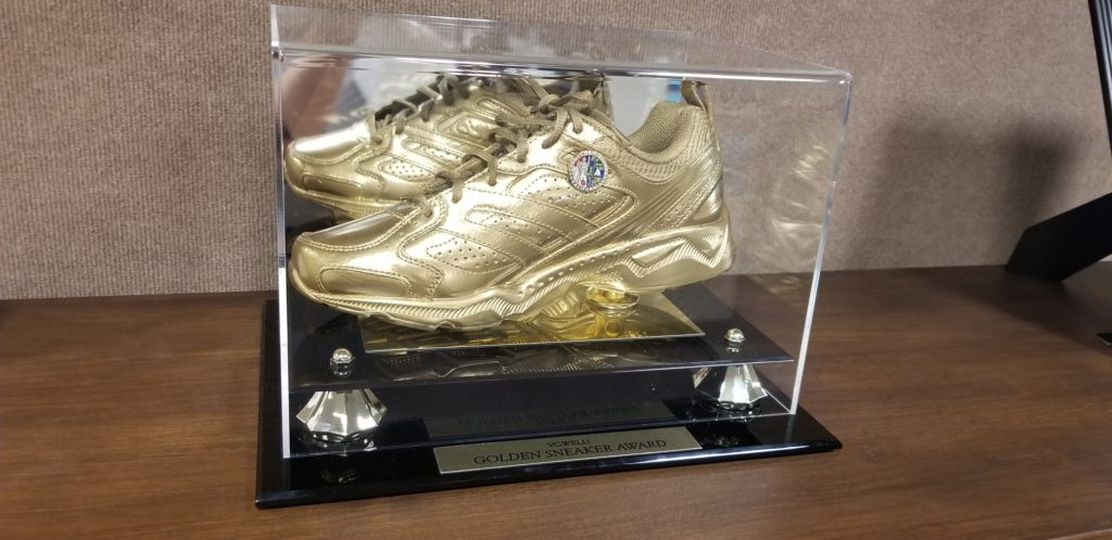 GOLDEN SNEAKER AWARD